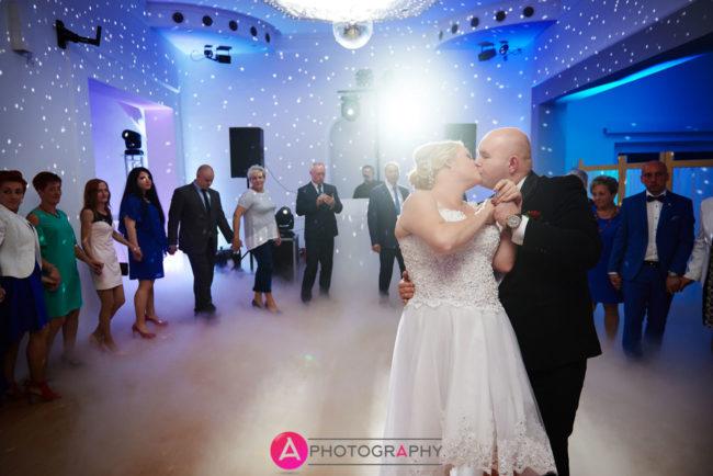 Taniec nowożeńców.