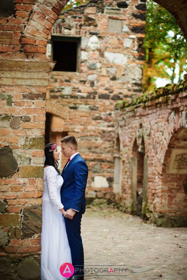 Zdjęcia ślubne - ruiny w Arkadii.